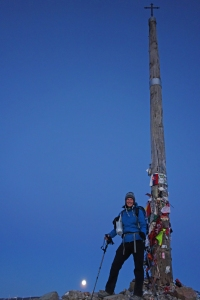 Me at the Cruz de Ferro, early morning