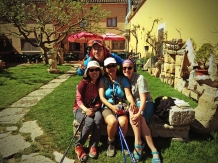 Catching up with Korean friends at En El Camino albergue in Boadilla del Camino