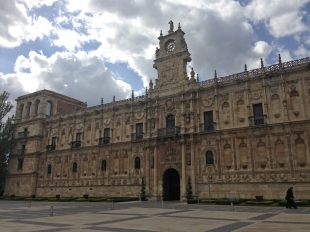 The Parador in Leon, our home for 2 nights