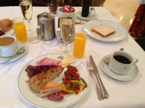 Champagne breakfast at the Parador in Leon