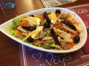A delicious salad in Betanzos