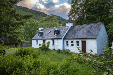 A quaint cottage in Invermoriston