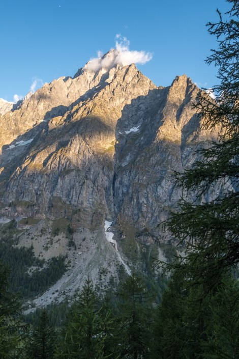 TMB Day 3 - Rifugio Bonatti to Courmayeur