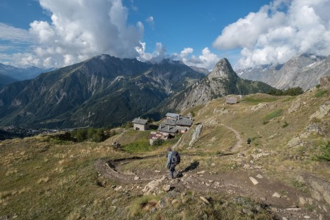 Descending to the buildings of Rifugio Giorgio Bertone