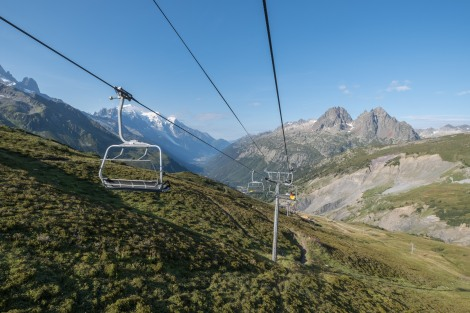 Taking the chairlift from Charamillon to Les Autannes