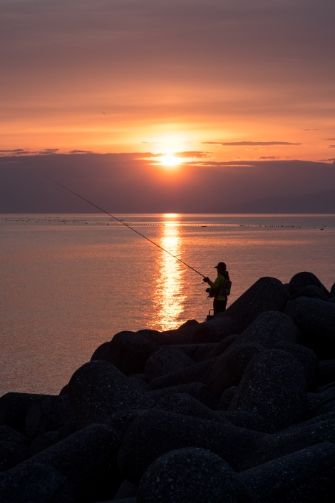 Fishing at sunrise in Amaharashi, Toyama