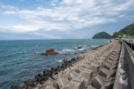 Taking Route 4 out of Aomori with a view of Yuno Island