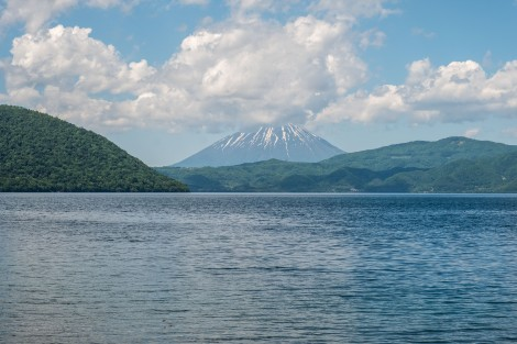 Lake Toya and Mt Yotei (also known as Ezo Fuji due to its resemblance of Mt Fuji - Ezo is the old name for Hokkaido)