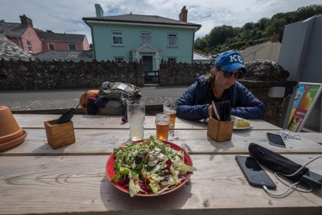 Lunch at The Castle pub in Little Haven