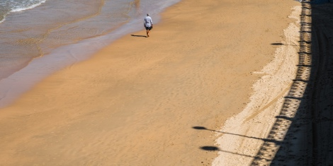 Sea, sand, a stroll and reflections in San Sebastián