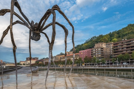 The Maman spider sculpture outside the Guggenheim in Bilbao, by Louise Bourgeois