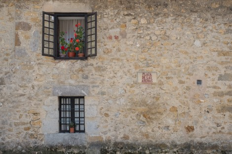 Flower pots in Santillana del Mar