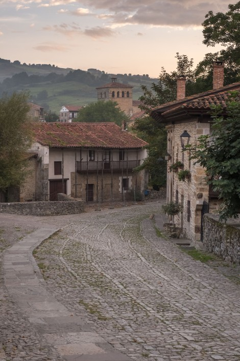 Dawn in Santillana del Mar and before the crowds arrive