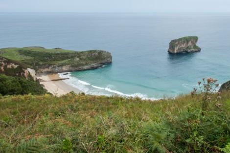 Playa de Ballota, Camino del Norte