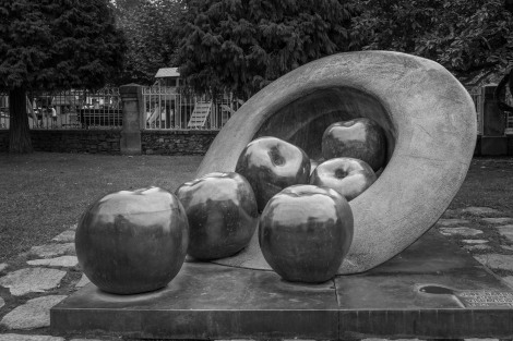 A monument to apples in Villaviciosa, a town famous for Sidra (cider)