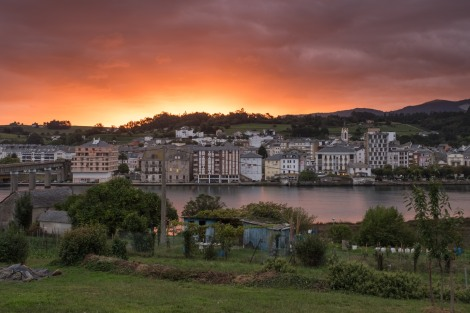 Sunrise in Navia