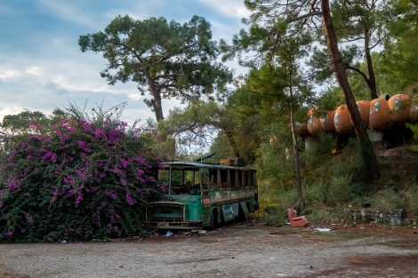 An amusement park in Çamyuva that's seen better days...